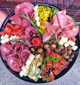 caprese salad tomatoes mozzarella