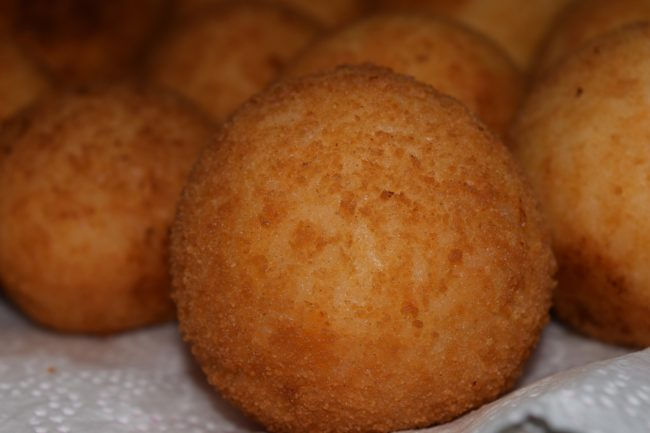 a picture of arancine, another world-famous food from Sicily